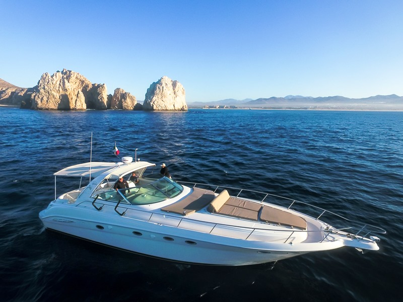 New Luxurious Sea Ray Yacht to our Fleet