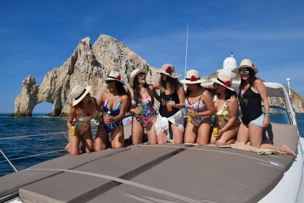 bachelorette party in Cabo, cabo sailing