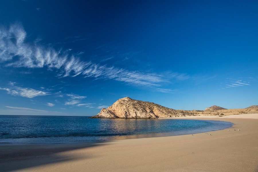 Discover Santa Maria Bay: Visit the cleanest beach in Los Cabos!
